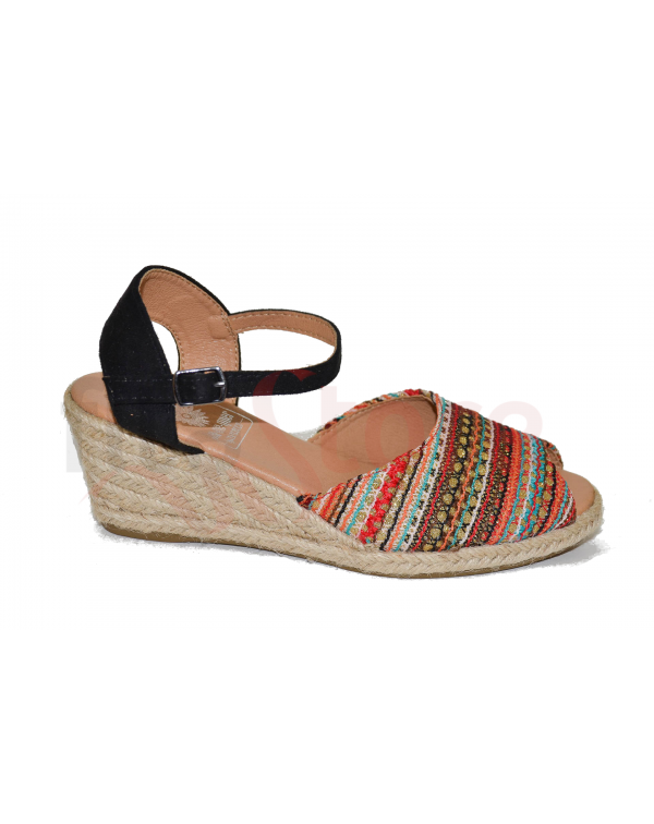 Bem Me Quer Sandals