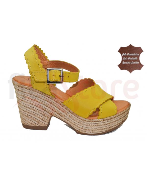 Wonder Shoes sandals